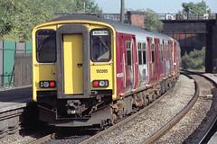 150265 at Lawrence Hill (Railpics_online) Tags: 150265 lawrencehill bristol class150 sprinter dmu dieselmultipleunit passenger train diesel multipleunit railway railcar uk