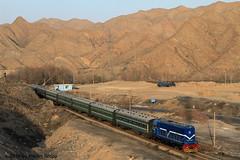 I_B_IMG_8115 (florian_grupp) Tags: asia china steam train railway railroad bayin lanzhou gansu desert landscape loess mountains sy ore mine 282 mikado steamlocomotive locomotive