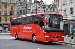 Evan Evans (PD3.) Tags: evan evens mercedes tourismo bf15xow bf15 xow 281 coach coaches london bus buses england uk sight seeing sightseeing psv pcv tour