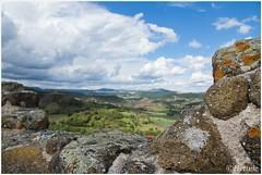 Behind the wall (HP016483) (Hetwie) Tags: wolkenbucht muur view polignac castle clouds wall uitzicht hauteloireauvergne frankrijk
