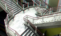 Station BLAAK Rotterdam 3D (wim hoppenbrouwers) Tags: station blaak rotterdam 3d stationblaak rotterdam3d anaglyph stereo redcyan stairs trappen