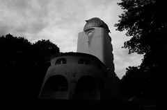 Einsteinturm / Potsdam (elisachris) Tags: einsteinturm potsdam astrologie astrology dark blackandwhite schwarzweis architecture gebude building observatorium telegrafenberg ricohgr