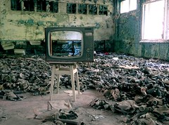 tv & gas masks (h_9000) Tags: chernobyl pripyat czernobyl prypiat ukraine ukraina atomic nuclear disaster katastrofa jdrowa atomowa eletrownia power plant cooling tower esi ukrainki 16th floor urban decay 2016 september bloki blocks flats abandoned buildings trees drzewa chemicals hal9000 hal9ooo hawkeye reaktor reactor glass dirt rubble 1986 30th anniversary soviet union sowieci lenin wladimir wodzimierz vladimir zsrr ussr