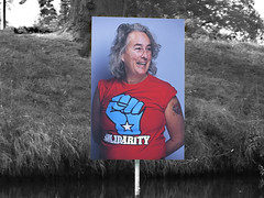 solidarity (Gerard Stolk (vers l'Allemagne)) Tags: bredaphoto solidarity