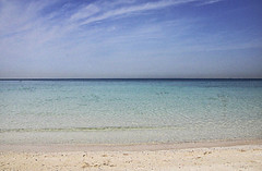 Jumera Beach (Johanne Margrethe) Tags: blue sea beach nature beautiful lines horizontal jumera