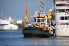 Bugsier 4 (jade-schiffsbilder.de) Tags: tugboat tug bremerhaven schlepper workboat bugsier4