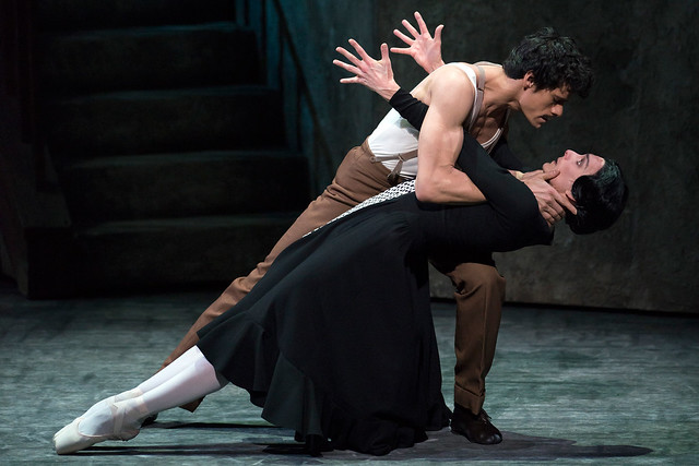 Thiago Soares and Zenaida Yanowsky in Las Hermanas © Bill Cooper/ROH