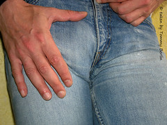 Typen1116 (Tommy Berlin) Tags: men jeans levis bulge