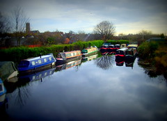 Arlen Caal Boat Hire in Preston (Tony Worrall Foto) Tags: uk blue england wet water beauty docks reflections boats northwest image harbour north lancashire gb preston british waterway barges moar lancastercanal ashtononribble prestonian prestoncanal 2012tonyworrall