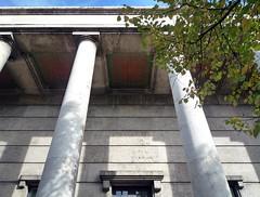 Haus der Kunst, front colonnade
