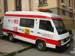 Red 118 La Paz (Upper Uhs) Tags: bolivia ambulance mercedesbenz emergency lapaz 118 ambulanse emergencia ambulancia emergencies ambulans ambulanzia mercedesbenz180 emergencias medicalemergency medicalemergencies mb180 emergenciasmédicas emergenciamédica red118