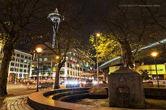 Tilikum Place (Silverder) Tags: seattle longexposure nightphotography night downtown christmaslights spaceneedle lighttrails monorail downtownseattle d600 tilikumplace nikond600 christmasspaceneedle monoraillighttrails