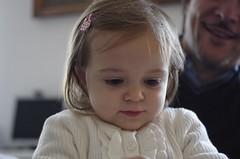 the little writer !!! (Miltone1967) Tags: baby cute pretty little pentax bambini innocence writer milton k5 piccola innocenza 4028 scrittrice chioderà