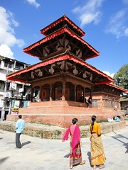Durbar square (10b travelling) Tags: charity nepal earthquake asia palace disaster palais kathmandu himalaya palast himalayas himalayan 2010 catastrophe palacio nepali southasia carstentenbrink iptcbasic