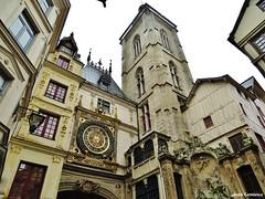 Rouen - Gros-Horloge (JeanLemieux91) Tags: rouen hautenormandie normandie france juin junio june 2016 printemps primavera spring pluie lluvia rain horloge clock clocher