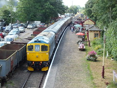 The Train Now Arriving... (Mr-NHW) Tags: 33053 battlefield line market bosworth leicestershire preserved preservation railway locomotive diesel