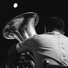 Graves a la luna. The tuba and the moon. (.Pedro Aparicio) Tags: world night festival noireblanc light music jazz tango vals film tuba bass instrument instruments musical rota cadiz