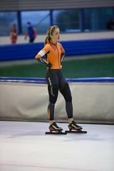 A37W7325 (rieshug 1) Tags: speedskating schaatsen eisschnelllauf skating nkjunioren knsb nkjuniorenallroundafstanden afstanden allround 50010001500massstart demeent alkmaar sportcomplexdemeent juniorenc ladies dames 500m