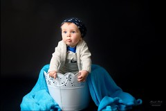Baby Boy in the bucket. (alexander.dischoe) Tags: bucket eimer kbel boy junge toddler nikon nikond7100 nikon18200mm nikkor18200mm shooting babyshooting baby tuch fotoshooting kid dslr dx switzerland