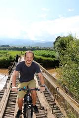 Ciclistas (pacientt) Tags: bibicleta shaxi puente excursin aventura