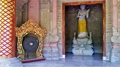 Agung Rai Museum of Art (SqueakyMarmot) Tags: travel asia indonesia bali 2016 ubud agungraimuseumofart sculpture gong