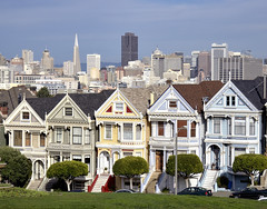 HCS- Painted Ladies edition (Wes Iversen) Tags: sanfrancisco architecture victorianhomes paintedladies alamosquare hcs clichsaturday