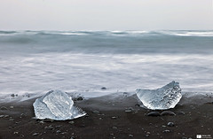 Jökulsárlón (Iceland 4) (Daniel Wildi Photography) Tags: sea seascape ice nature water landscape iceland pebbles 2012 blackbeach jökulsárlón danielwildiphotography