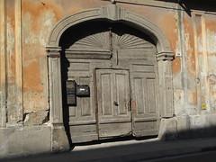 EGER - Brown Door (Andra MB) Tags: summer holiday vacances hungary sommer eger urlaub ungarn 2012 bahar magyarország vara hongrie vacanta concediu ungaria macaristan