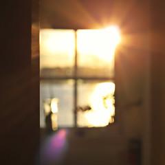 """Life is a great big canvas, and you should throw all the paint you can on it."" (stjernesol) Tags: morning light sun sunlight window kitchen seaside glow bokeh flare ohwell seaview melike soineedit lookingintomykitchenthismorningwithmy50mm isoakuplightlikethis ihategreyandgloomyanddark whenitislightlikethisibreathemoreeasy thelastfewpicturesmakesmeseemlightobsessedwelliam andnovemberhasbeenverygreyandgloomy andtodayitisonly33daysleftoftheyearandthisprojectofmine iwillbeworkingalldayandevening 3333662012"