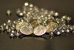 Silver buttons (hcorper) Tags: silver reflections nikon december bokeh buttons glassbeads knappar glasprlor speglingar 365d d3100