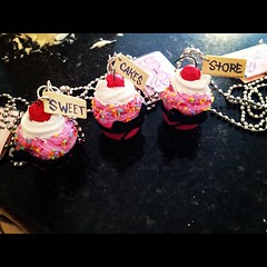 ISweetCakesStore #sweetcakesstore #lecheria #cute #yummy #cupcake #sweet #photooftheday #instagramers (Sweet Cakes Store) Tags: cakes square de cupcakes yummy y venezuela lofi tienda cupcake squareformat tortas lecheria sweetcakes ponques iphoneography instagramapp uploaded:by=instagram sweetcakesstore sweetcakesve