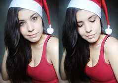 ho ho ho (Caroline Alborghetti) Tags: christmas portrait people self autoretrato greeneye blackhair olhoverde mamenoel alborghetti cabelopreto