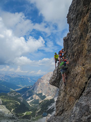 VF Tomaselli (sgl0jd) Tags: dolomites dolomiti italy italia tirol mountains viaferrata mountaineering lakegarda lagodigarda cortinadampezzo corvarainbadia scrambling climbing