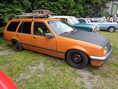 Opel Rekord E Caravan (911gt2rs) Tags: treffen meeting kombi oldschool ratlook tief stance orange vauxhall