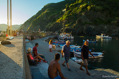 Afternoon at the harbor (robiferra94) Tags: sky sea sunset water travel night sun italy summer beautiful seascape italia sp liguria vernazza cinque terre