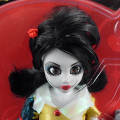 Zombie Snow White Doll by WowWee - Amazon Purchase - Boxed - Portrait Front View (drj1828) Tags: zombie onceuponazombie doll 11inch snowwhite articulated posable princess wowwee