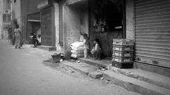 Memories of Chennai (Angelo Petrozza) Tags: chennai india marinadichennai tamilnadu blackandwhite biancoenero bw child poorness povert
