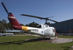 Helicoptero Bell UH-1M 66-15186 (Dawlad Ast) Tags: avion plane airplane florida estados unidos america united states usa eeuu militar army septiembre september 2016 armament museum museo helicoptero copter bell uh1m iroquois 6615186 air force sn 1914 helicopter