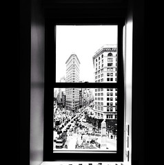 Room with a view - 1st pic with iPhone 7 (jeffreyjune16) Tags: iphone7 flatiron newyork nyc 5thavenue perpespective 23rdst madisonpark blackandwhite urban bnw window view street building architecture iphone