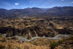Peru (szeke) Tags: 2007 colca landscape mountain peru river sunny travel