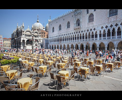 St Mark's Square (Piazza San Marco), Venice, Italy :: HDR (Artie | Photography :: I'm a lazy boy :)) Tags: venice italy church architecture photoshop canon cathedral chairs mark wideangle tourists ii tables handheld 5d ef 1740mm f4 hdr dogespalace stmarkssquare artie stmarksbasilica cs3 3xp photomatix tonemapping tonemap 5dm2