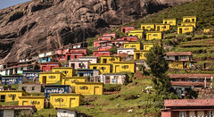 IDEA-Mobile Network..!! (HareshKannan) Tags: house mobile idea nikon hill network ooty slopes 55200mm d3100