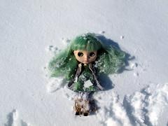 42/52 Making snow angels...
