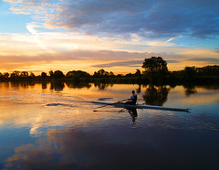 Colwick Sunrise (Tracey Whitefoot) Tags: park nottingham england sunrise river dawn trent tracey nottinghamshire rower whitefoot colwick