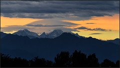 Sunset in Valsesia (beppeverge) Tags: sunset mountains alps yellow clouds montagne tramonto nuvole fav20 giallo alpi cloudysky valsesia fav10