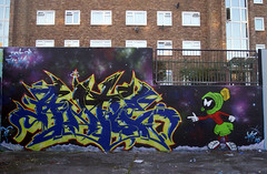 Fight for that inch... Ante 12th, Stockwell London (Low Tech) Tags: winter london film graffiti al character graf spraypaint inspirational ltd marvin inches martian spraycan livethedream ante pacino stockwell muralgraffiti graffitiuk antegraf