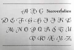 Zierversalien Ludwig & Mayer (Indra Kupferschmid) Tags: caps script versalien ludwigmayer