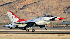 THUNDERBIRDS 6 LANDING /  (bluerain2012) Tags: lasvegas military thunderbirds nellisafb   d3200  aviationnation2012
