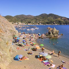 La Dolce Vita of Levanto (Bn) Tags: travel family blue sea summer vacation italy baby holiday hot beach water colors sunshine swimming magazine children fun coast seaside italian sand rocks mediterranean italia day afternoon locals play liguria families joy group relaxing traditions down tourist tourists line resort busy delight parasol grandparents towels cinqueterre bathing activity lying popular quaint sunbathing pleasure adriatic sunbather crowded cooling levanto booking jammed sunbeds overrun