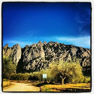 Montserrat #autumn #sunny #Mountain #restaurant #best #restaurante #soleado #monument #monumento #Catalunya #verge #moreneta